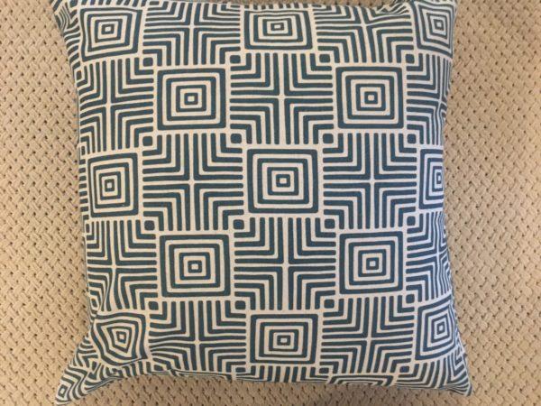 Geomaze Cushion Cover